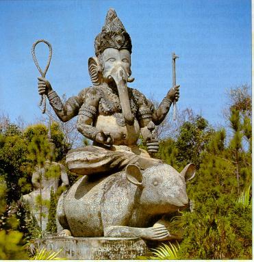 Ganesh_on_rat_statue