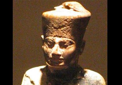 Estátua de Queóps