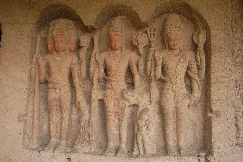 Estátuas do Trimurti