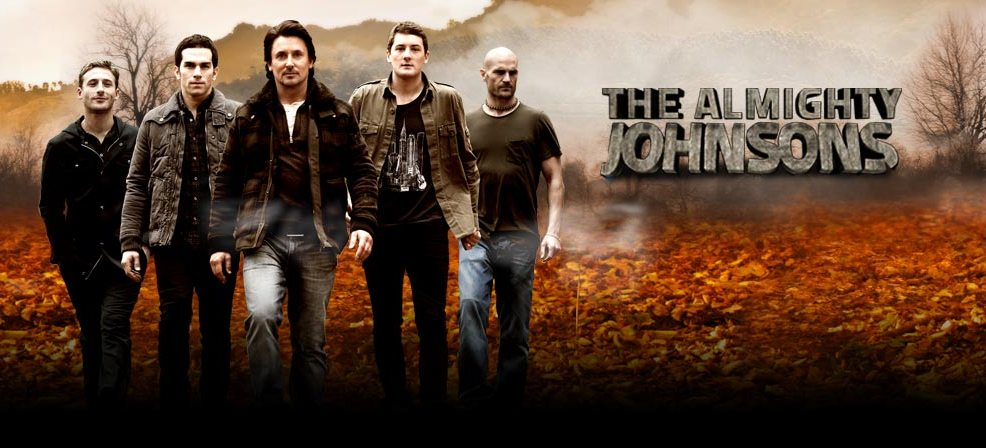 The Almighty Johnsons — Resenha